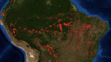 Пожары в бассейне Амазонки © NASA Worldwide