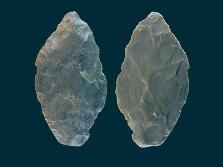 Найденный в пещере Холе-Фельс наконечник копья © University of Tübingen